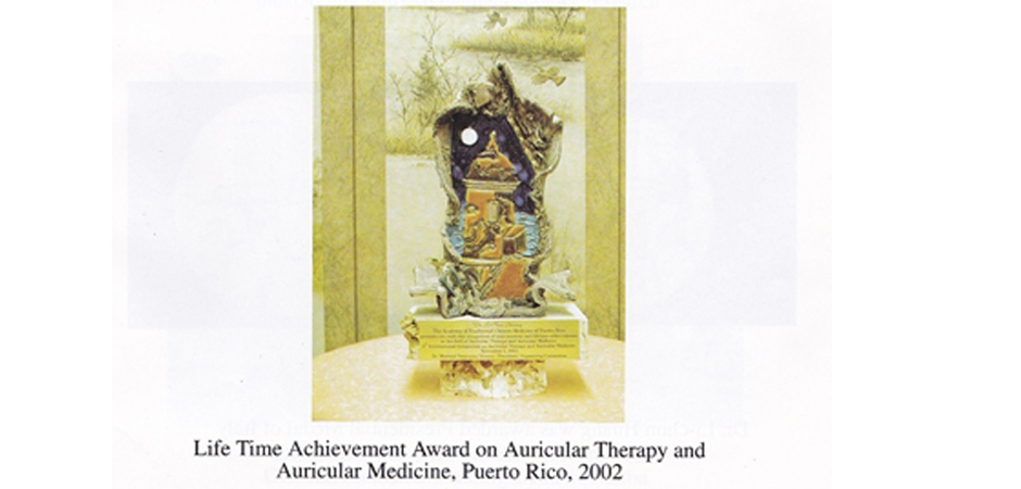 Dr Li chun Huang received the life time achievement awards in Auricular Therapy Medicine